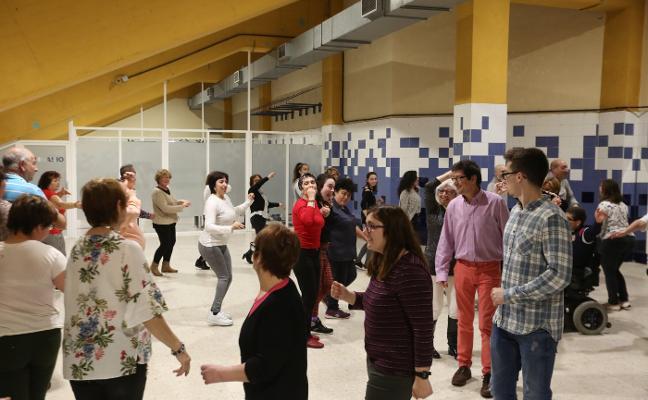 Bailes latinos y de salón en La Magdalena