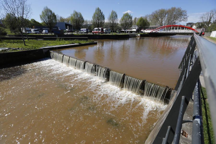 El río Piles, completamente marrón