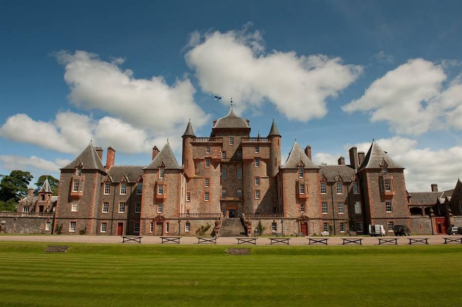 Descubre los mejores castillos medievales disponibles para el alquiler turístico