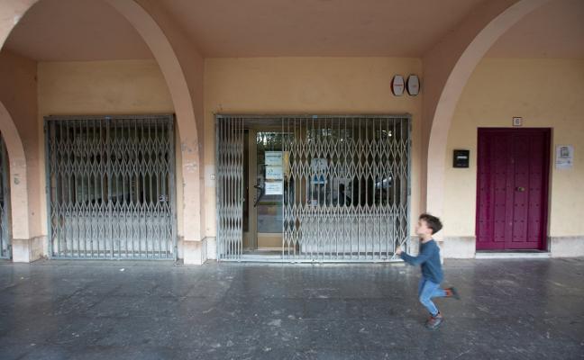 La SEPI cierra su oficina en Llaranes, con 40.000 archivos históricos de Ensidesa