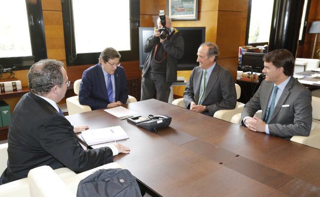 Ence aumentará su plantilla en Navia en 200 personas tras la inversión desviada de Galicia