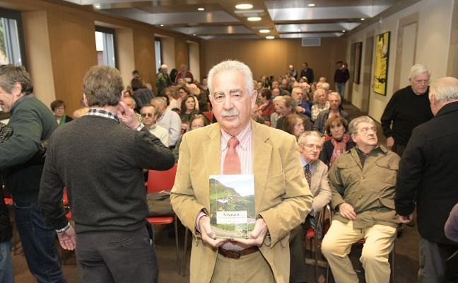 Jesús Arango propone que los ganaderos sean guías en el parque de Somiedo