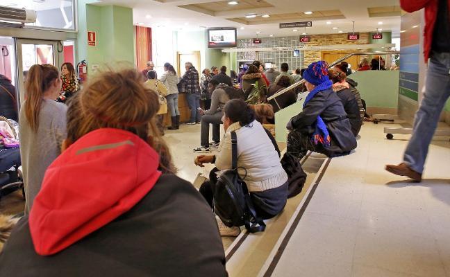 Dos tercios de las solicitudes de renta social siguen pendientes de resolverse tras cinco meses