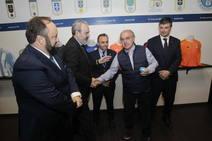 El Real Oviedo entrega sus insignias de oro y platino