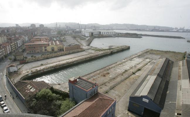 El Musel recibe autorización de Puertos del Estado para vender Naval Gijón