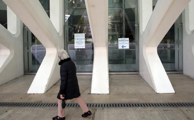 El juzgado rechaza la petición de Burger King de reabrir la puerta principal del Calatrava