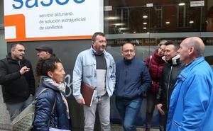El preacuerdo en Urbaser abre la puerta a desconvocar la huelga en la limpieza municipal