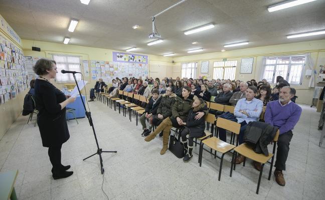 El colegio de La Corredoria pide un salón de actos en sus bodas de oro