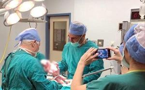 Concebido un bebé por primera vez por tres progenitores en Grecia
