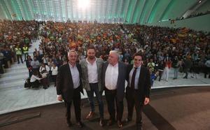 Santiago Abascal carga en Oviedo contra la oficialidad de la llingua y propone suprimir los parlamentos autonómicos