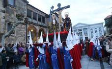 Nueve procesiones para una Semana Santa esencial