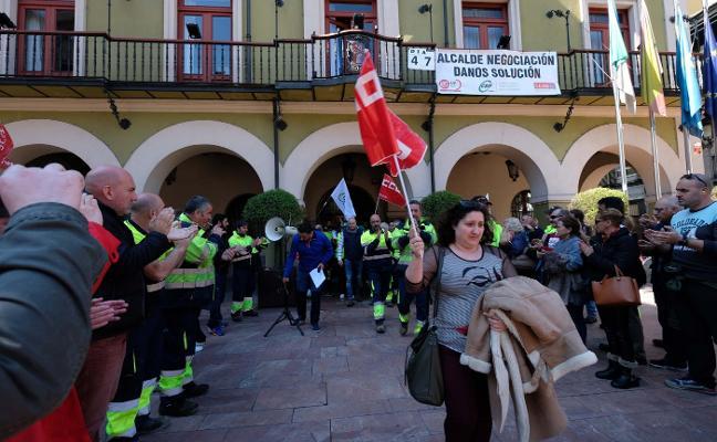 Trabajadores municipales alertan del alto coste del conflicto laboral en el juzgado