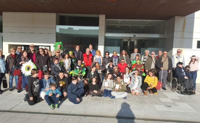 Difac y Los Cotorros reclaman juntos mejoras en la accesibilidad en Castrillón