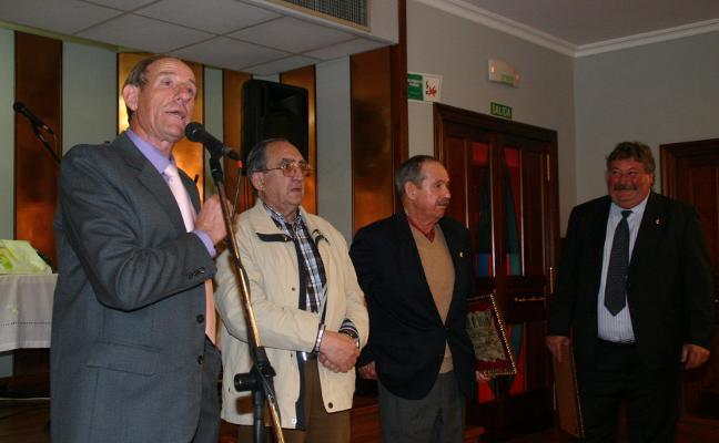 'Lolo Tamón', fundador de Los Serondos, recibe hoy la Faba de Oro