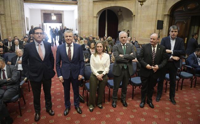 Garamendi ve la formación como «un desastre» y pide para Asturias la fiscalidad de Madrid