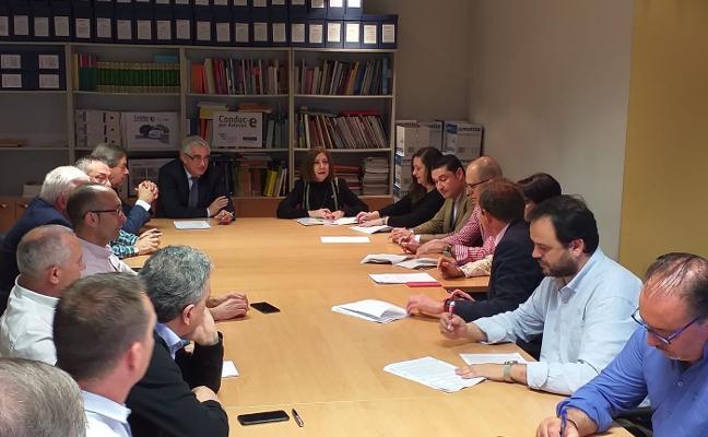 400 trabajadores de auxiliares se incorporan a los Acuerdos de Oviedo