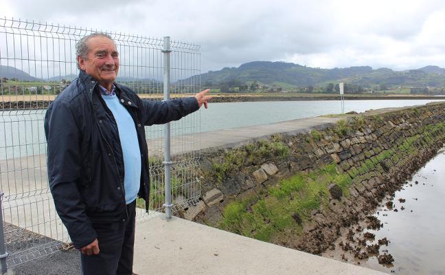 El club El Puntal quiere ampliar los pantalanes de paso para atraer turistas