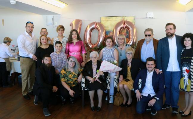 Cien años rodeada de la familia