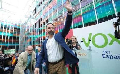 El acto de Vox en Vitoria se desarrolla sin incidentes tras los altercados de Bilbao y San Sebastián