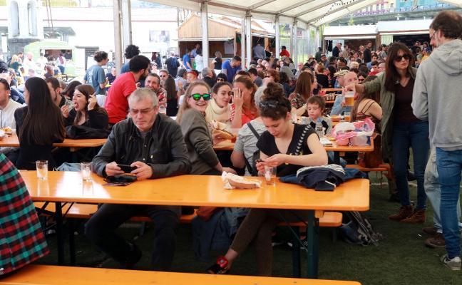 Lleno total en el Festival de la cerveza de Langreo