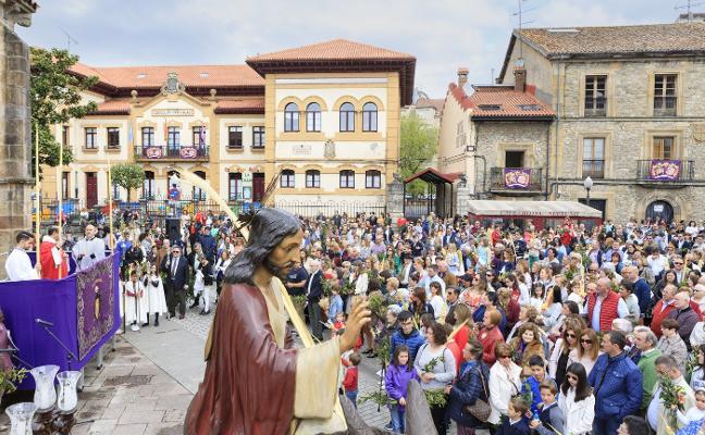 Las pinturas del artista Mino Cerezo ilustrarán el Vía Crucis de Villaviciosa