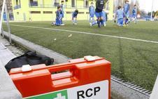 Once desfibriladores para campos de fútbol y polideportivos