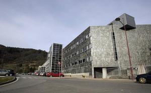 Queda en libertad con cargos el acusado de tocamientos en el Hospital de Riaño