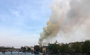 El incendio de Notre Dame, en imágenes