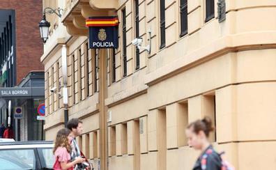 Detenido el dueño de un bar en Oviedo por un delito contra la salud pública