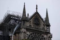 El incendio en la catedral de Notre-Dame en imágenes