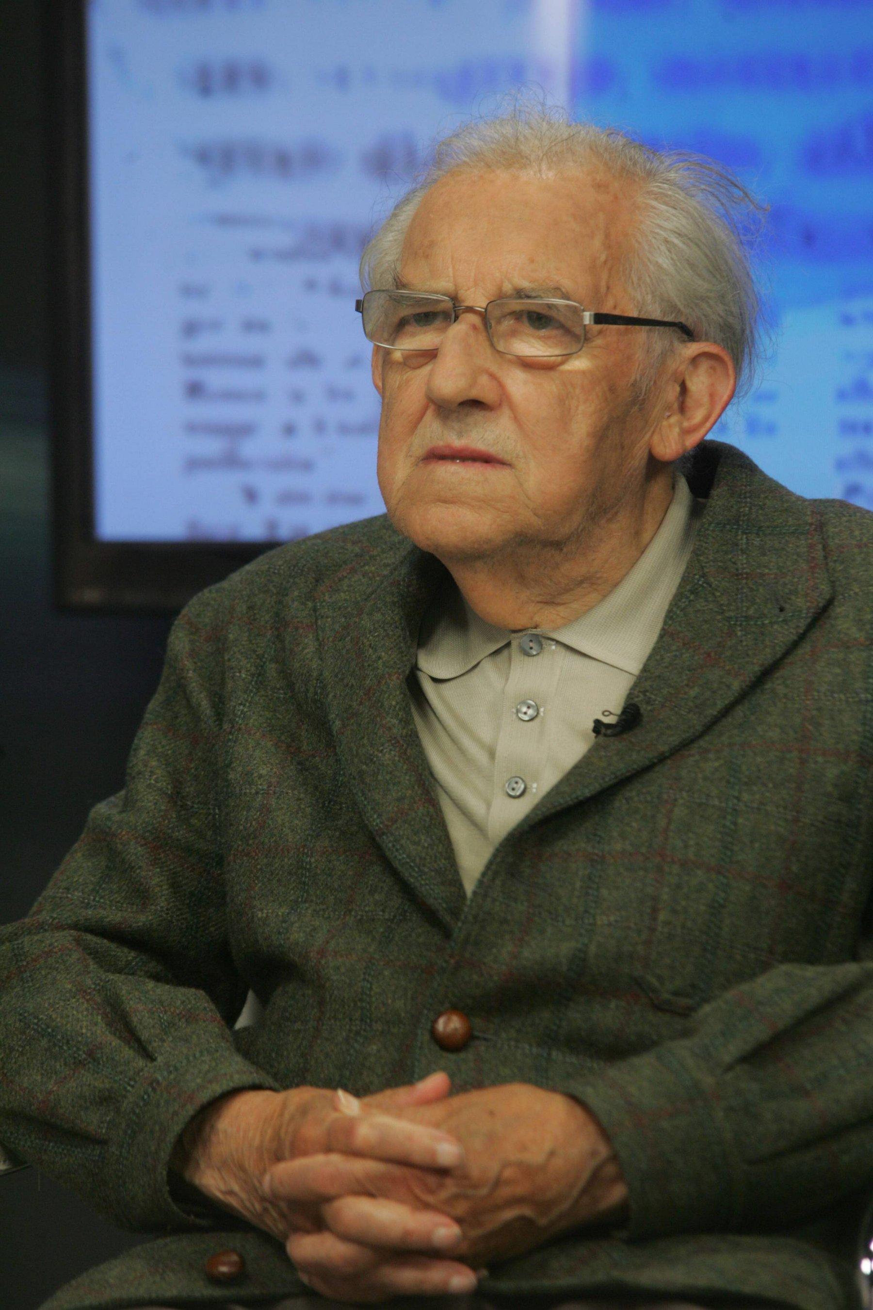 'España frente a Europa' se convierte en el volumen uno de las obras de Gustavo Bueno