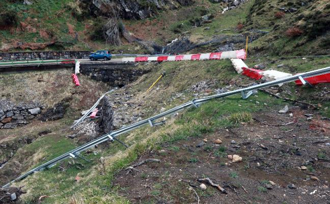 Nuevos argayos incrementan la falta de seguridad en la carretera de San Isidro