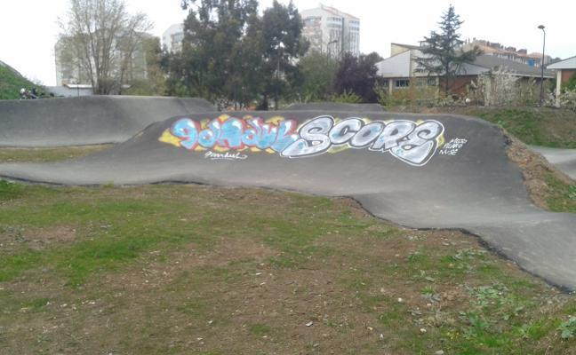 Grafiti en el nuevo circuito de 'Pump Track'