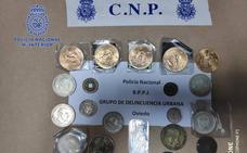 Detenida una mujer en Oviedo tras robar monedas de oro y joyas a su expareja por valor de cien mil euros