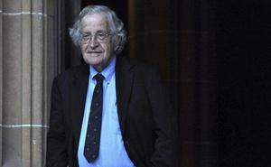 Noam Chomsky, premio Fronteras del Conocimiento en Humanidades