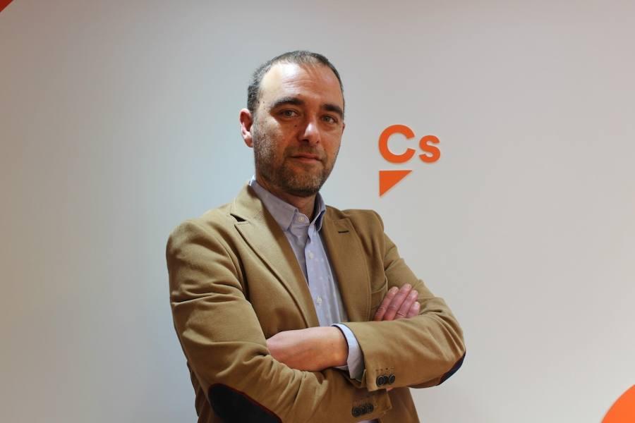 El exguardia civil David Robles será el candidato de Ciudadanos en Corvera