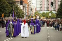 El Encuentro emociona en la Semana Santa gijonesa
