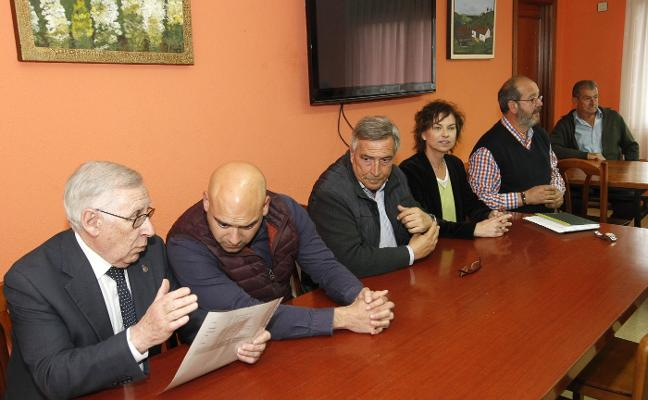 Muñiz destaca la zona rural como «pieza clave de la Asturias agropolitana»