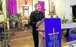 «La riqueza de la Iglesia está en la fe», destaca el pregonero de Infiesto