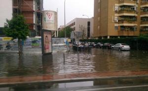 El vídeo de la espectacular lluvia y granizo caídos sobre Sevilla que obligó a suspender las procesiones