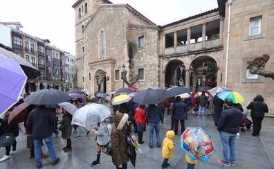 Las lluvias obligan a suspender las procesiones de Semana Santa de Gijón, Avilés, Oviedo y Candás