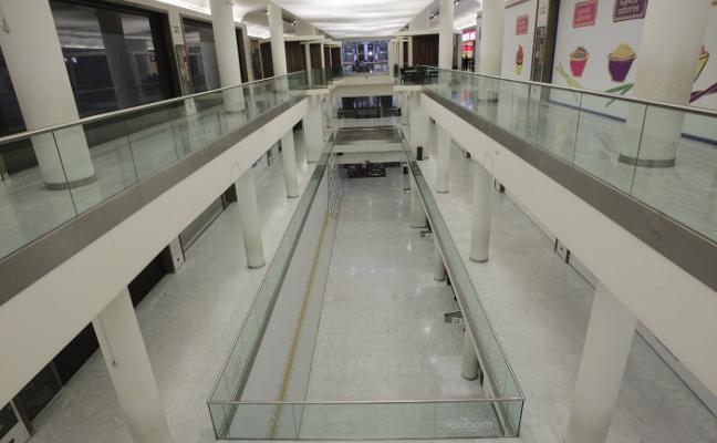Oviedo cuenta con 62.025 metros cuadrados de locales vacíos en los centros comerciales