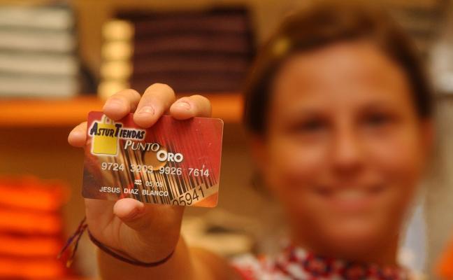 La tarjeta Asturtiendas deja de operar en los comercios tras 25 años de historia