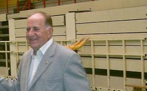 Fallece 'Luqui', histórico entrenador de voleibol