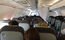 Dos horas de retraso en un vuelo desde Málaga hacia Asturias por una avería