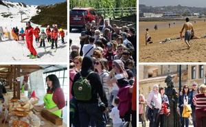 «Asturias es una maravilla», coinciden los turistas que llenan estos días el Principado