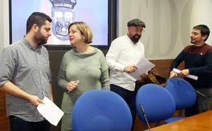 «Firman el acuerdo del plan de vías de Gijón y son incapaces de cerrar La Vega»