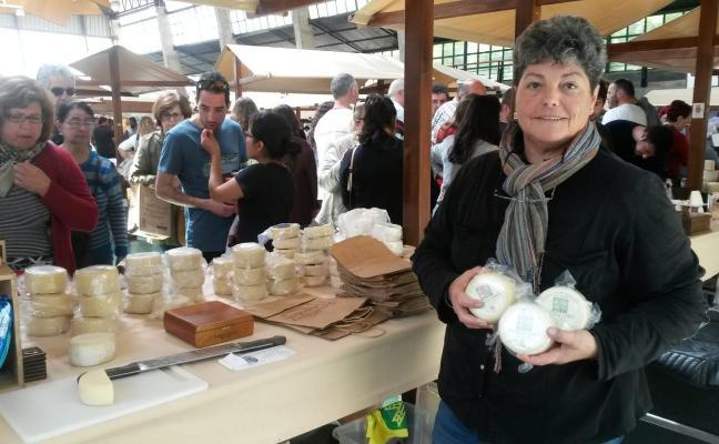 Taramundi consolida su Feria del Queso con 27 productores