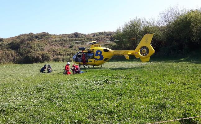 Fallece un octogenario en Llanes al caer desde un acantilado