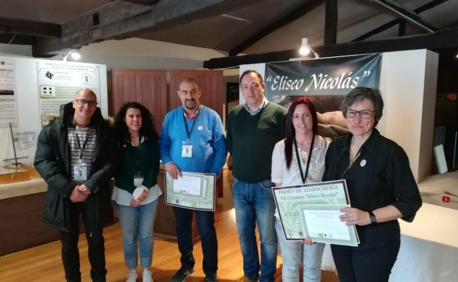 Luis Ángel Rodríguez y María Pérez ganan el Certamen de Azabachería